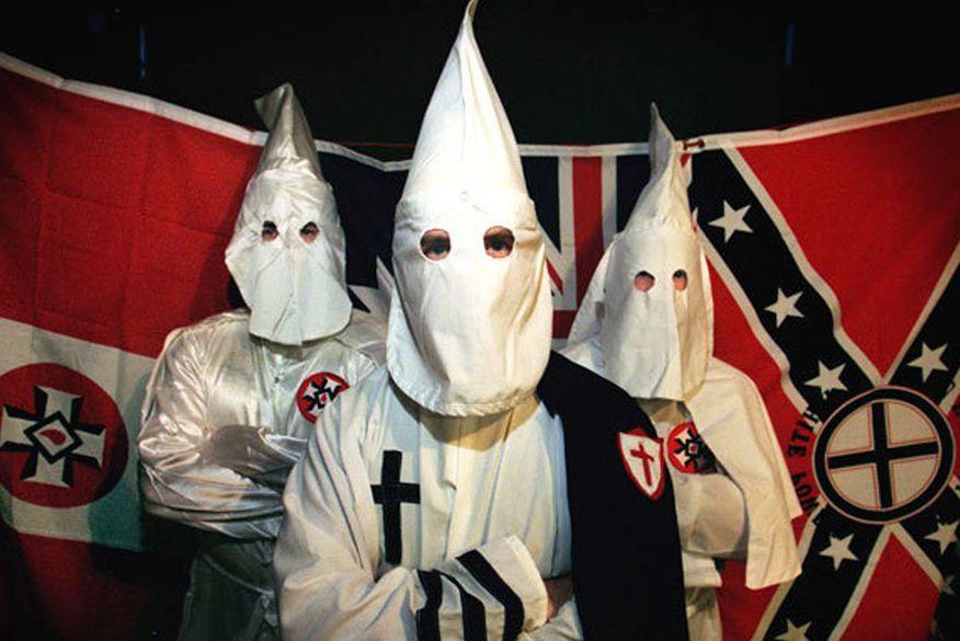 Ku Klux Klan marca desfile para comemorar eleição de Trump - ClickPB
