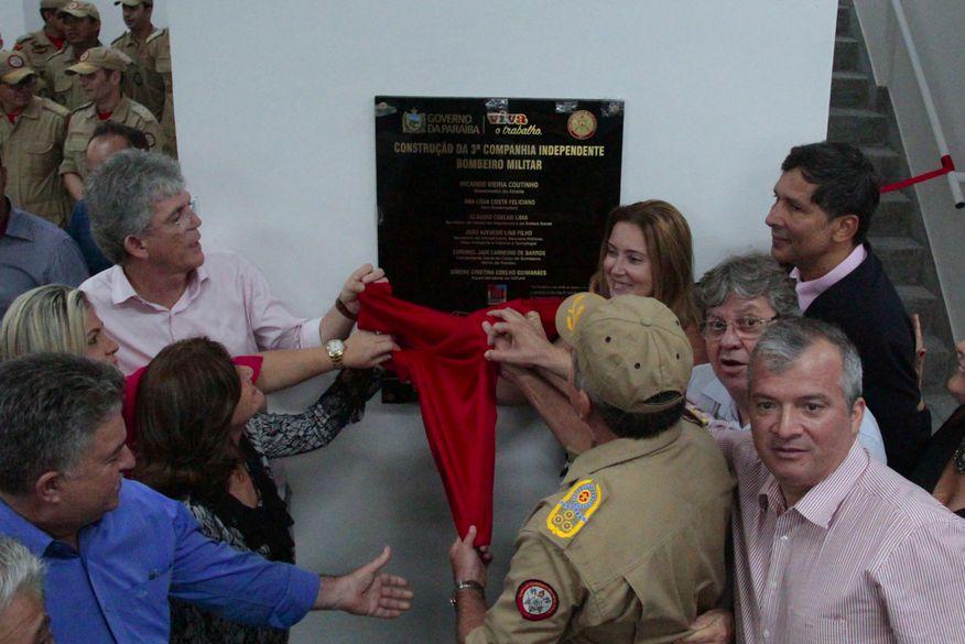 Ricardo Coutinho inaugura unidade do Corpo de Bombeiros em Mamanguape
