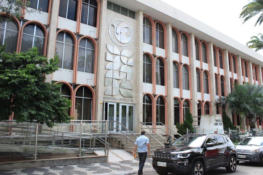 Assembleia Legislativa da Paraíba vai adquirir prédio vizinho para  construção de mais um anexo - ClickPB