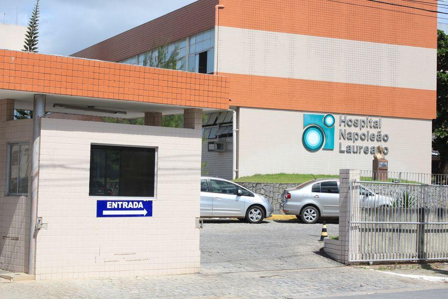Pacientes denunciam falta de medicamentos no Laureano e crianças estão indo se tratar em PE