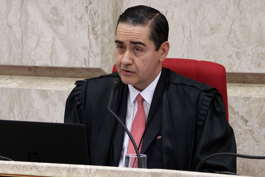 Processo de Lula será julgado antes da eleição de 2018, diz presidente do TRF4.