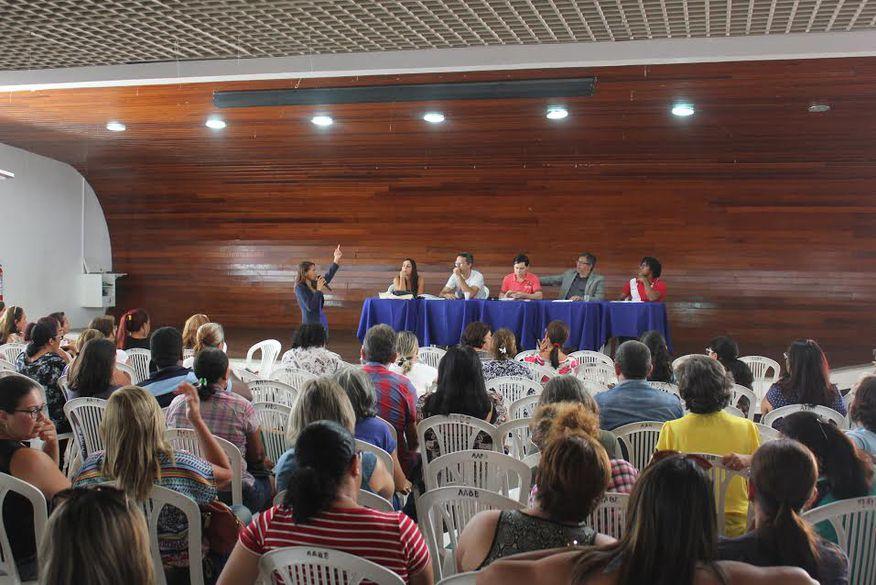 Professores de Campina Grande ameaçam iniciar greve caso prefeitura descumpra acordos
