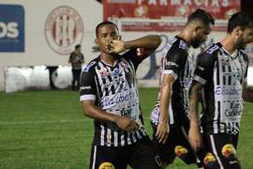 5eb5f944f Botafogo-PB vence Nacional de Patos e fica a um passo da final do  Campeonato Paraibano