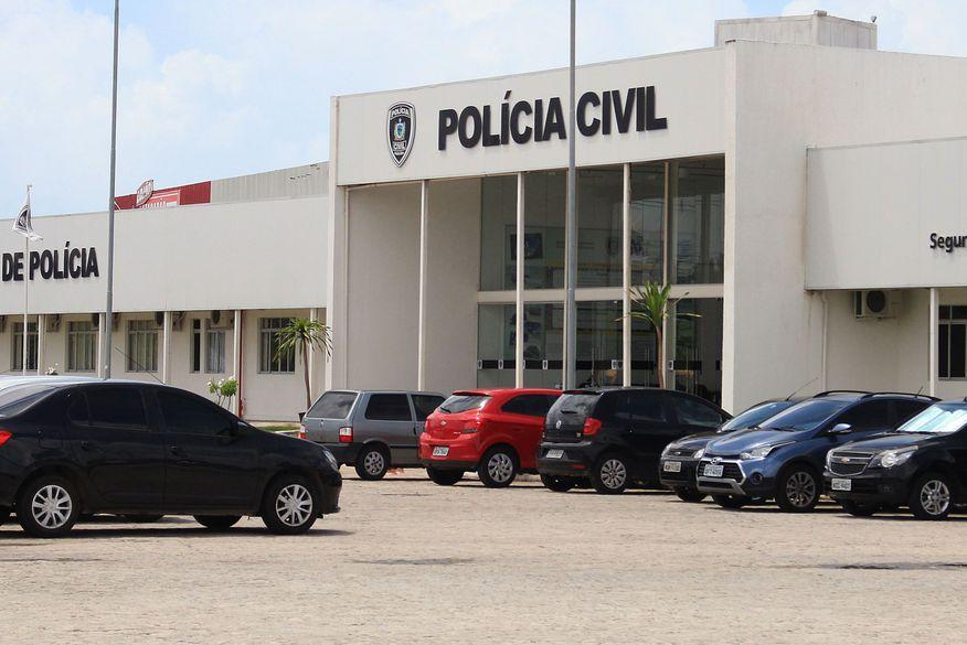 Operação da Polícia Civil prende suspeitos de tráfico e roubos em comunidades de João Pessoa