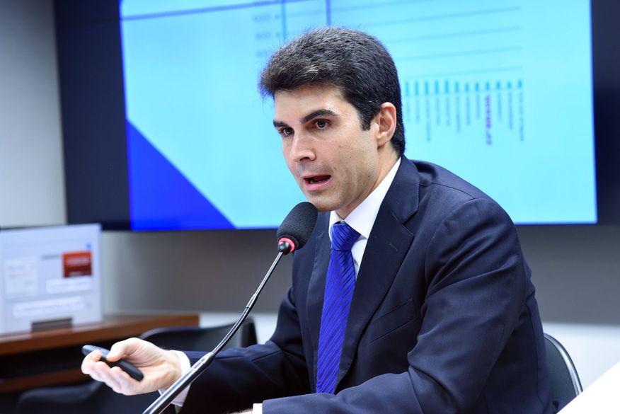 Ministro Helder Barbalho visita três municípios paraibanos e um em Pernambuco