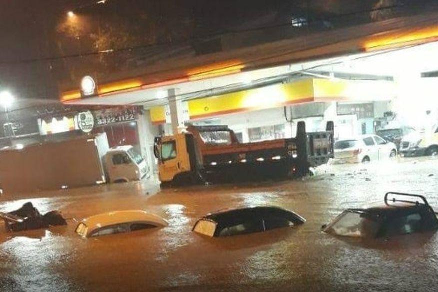 Resultado de imagem para tempestade no rio de janeiro