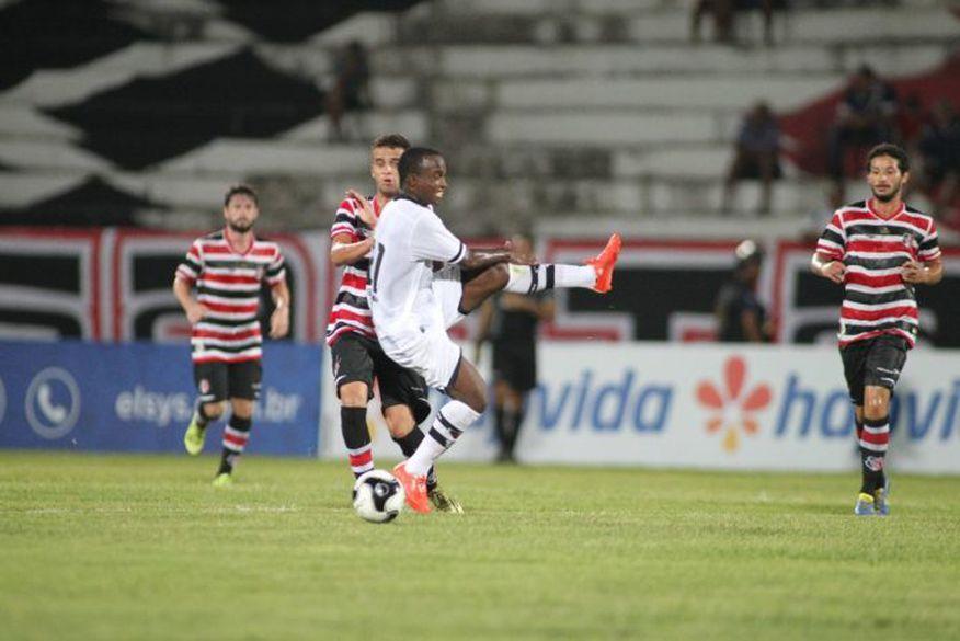 Diante do Santa Cruz, Belo tenta se reabilitar na Série C do Brasileiro