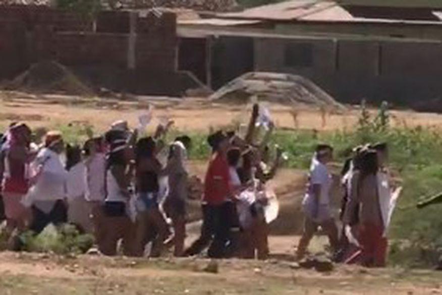 Protestos marcam chegada de Temer em Monteiro