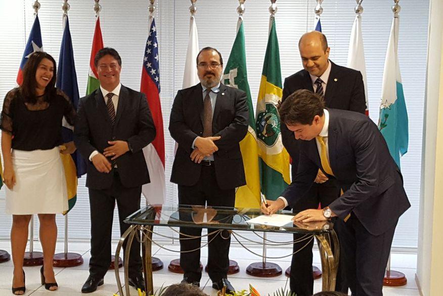 Procurador-chefe do MPT-PB toma posse em Brasília e promete fazer