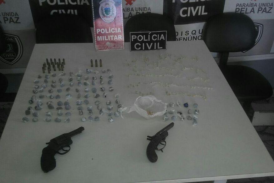 Polícia flagra duas mulheres e um homem comercializando drogas em Itabaiana