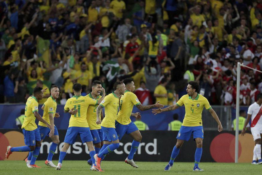 Resultado de imagem para Brasil vence o Peru por 3 a 1 e é campeão da Copa América - Fotos