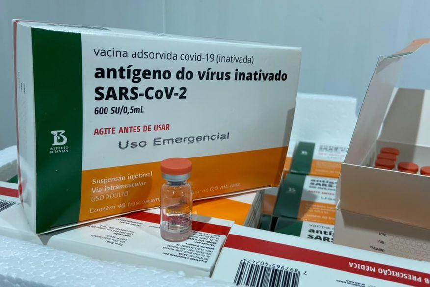 vacina coronavac pb - Paraíba deve receber de 55 mil a 60 mil doses de vacina no fim dessa semana, diz secretário