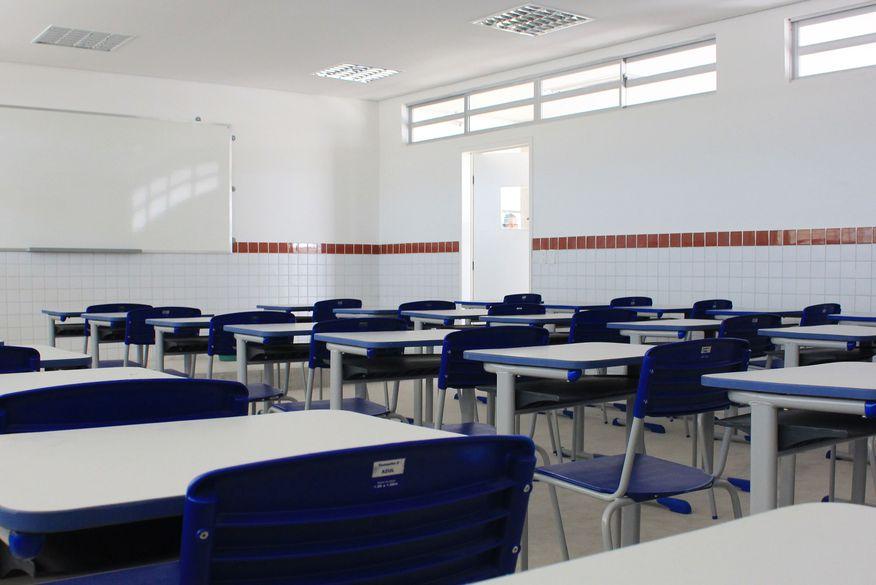 Resultado de imagem para Sindicato diz que 80% das escolas particulares cancelam aulas