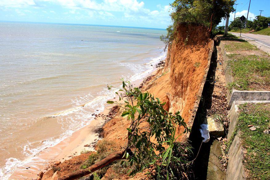 Muriçoquinhas do Miramar vão à avenida pedir socorro para Barreira do Cabo Branco
