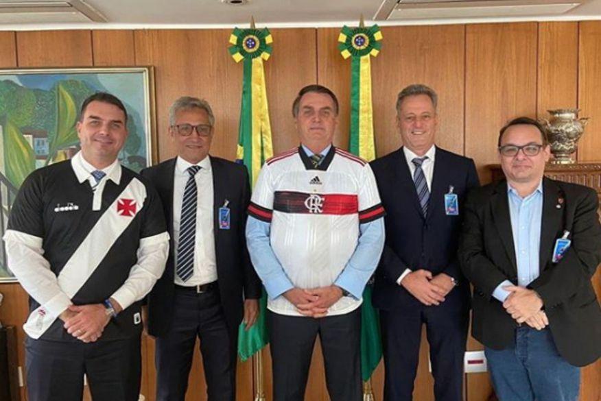 """design-sem-nome-15 Bolsonaro quer presidente do Flamengo como """"vice dos sonhos"""" para 2022, diz colunista"""