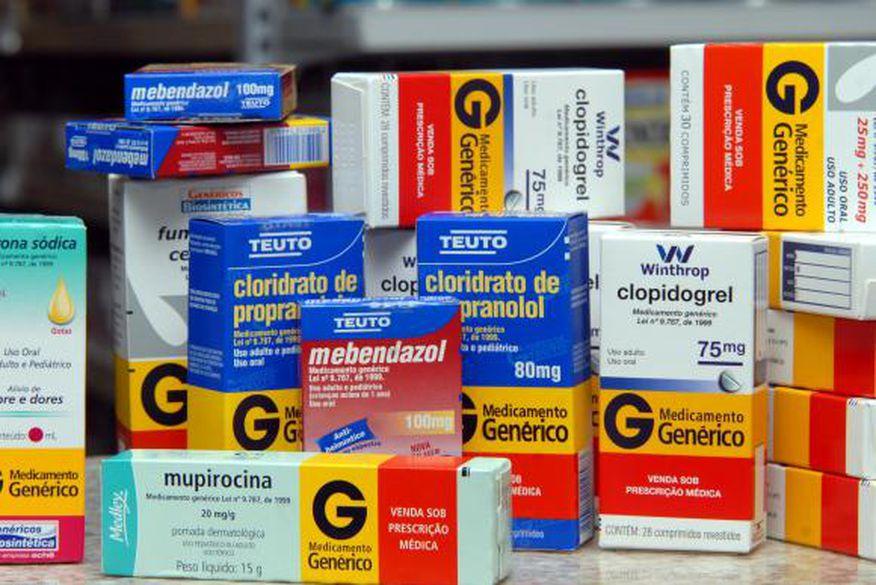 Ministério da Saúde suspende fabricação de 19 remédios gratuitos