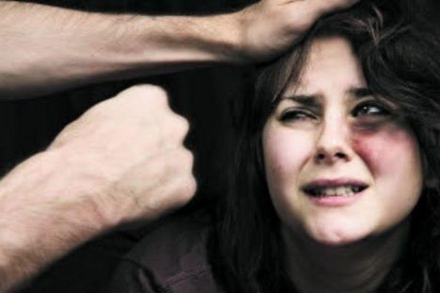 Resultado de imagem para agressao a mulher